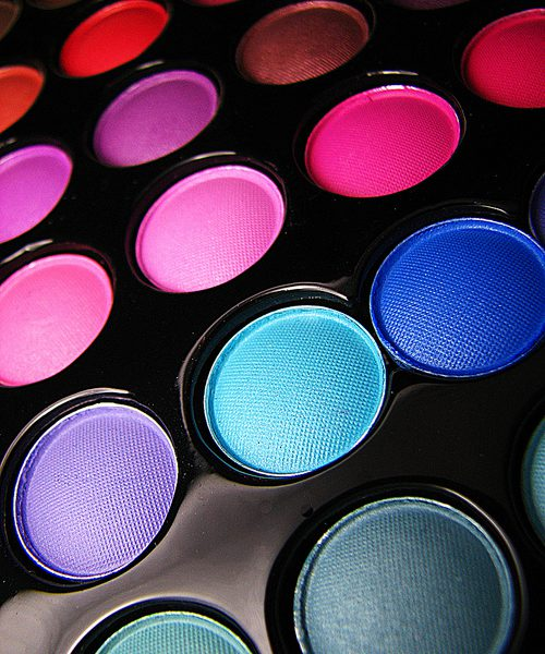 Picture of a make-up palette with various colours on it