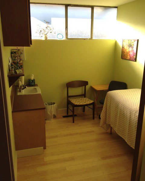 Image of a hostel room